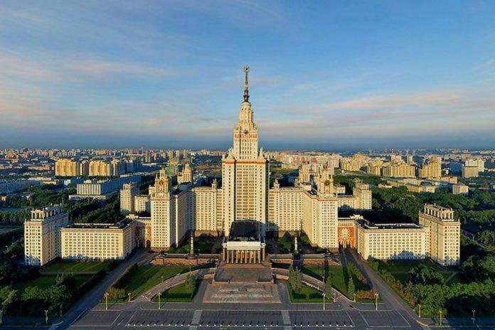 Топ самых сильных IT университетов в России